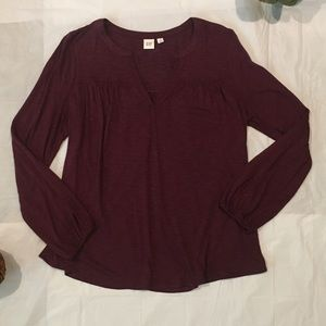 GAP Long Sleeve VNeck Drapey Blouse - M